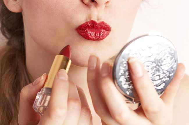 Como conseguir unos labios carnosos