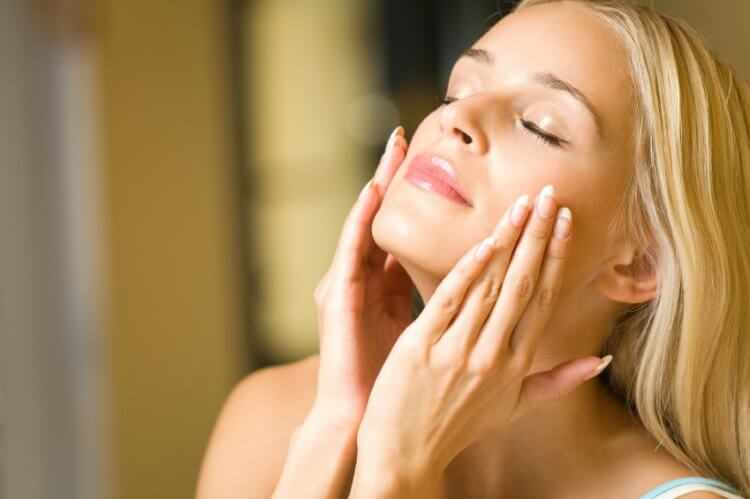 Cremas para la cara con acido hialuronico