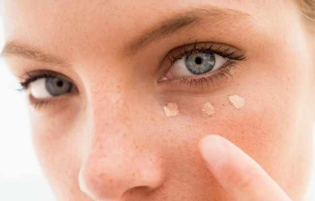 make up dark circles