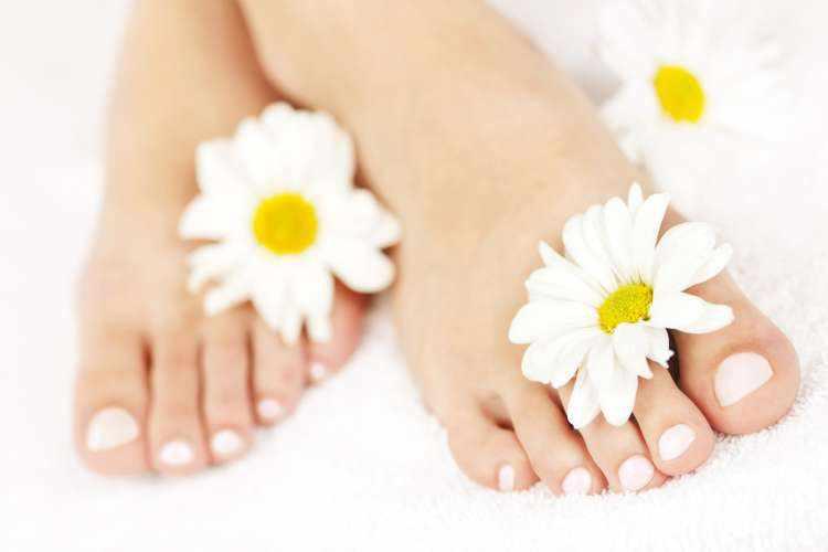 Cuidados para tener unos pies sanos y frescos en verano