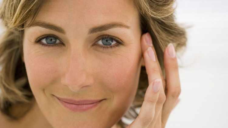 eliminar bolsas delos ojos sin cirugia