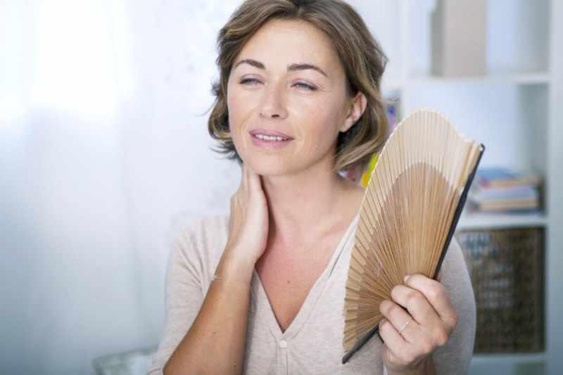 Remedios para combatir los sofocos de la menopausia