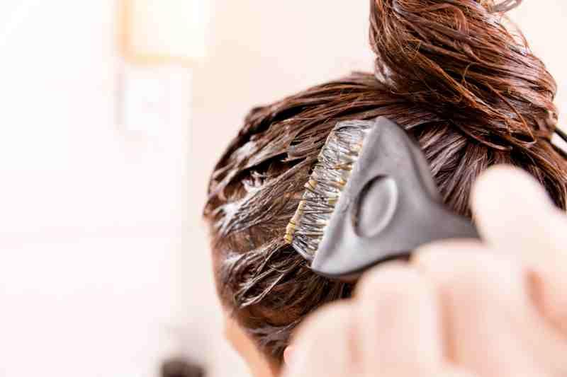 como teñirse el pelo en casa sola
